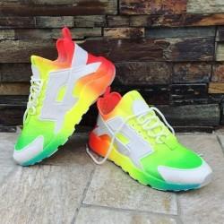 Неонови обувки