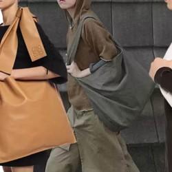 Чанти тип торба с дълга дръжка