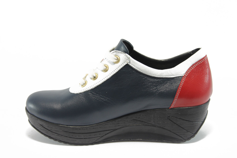 299863d0118 Дамски обувки на платформа - естествена кожа - сини - EO-4644
