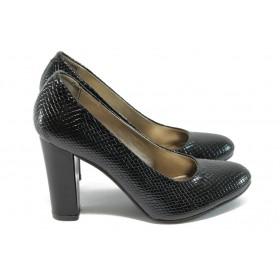 """Дамски обувки на висок ток - еко-кожа с """"кроко"""" мотив - черни - EO-8170"""
