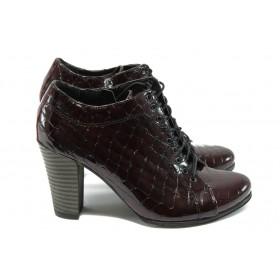 """Дамски обувки на висок ток - естествена кожа с """"кроко"""" мотив - бордо - EO-4814"""