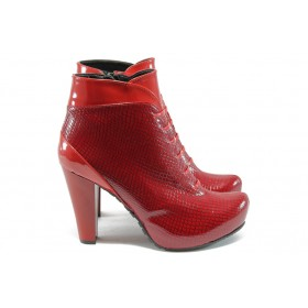 Дамски боти - еко кожа-лак - червени - EO-5246