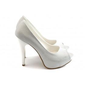 Дамски обувки на висок ток - текстилен материал с брокат - бели - EO-482