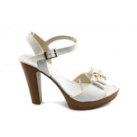 Дамски сандали - висококачествена еко-кожа - бели - EO-4068