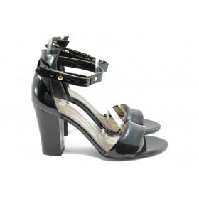 Дамски сандали - еко кожа-лак - черни - EO-6333