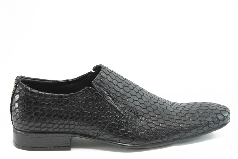 """Мъжки обувки - естествена кожа с """"кроко"""" мотив - черни - EO-3069"""