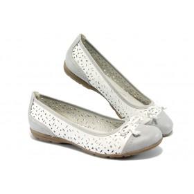 Равни дамски обувки - висококачествена еко-кожа - бели - EO-5705