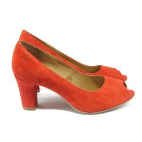 Дамски обувки на среден ток - естествен велур - червени - EO-5726