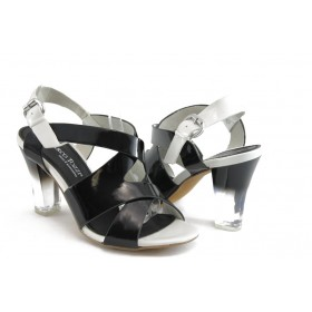 Дамски сандали - еко кожа-лак - черни - EO-3403