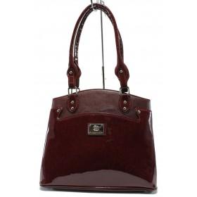 Дамска чанта - висококачествена еко-кожа в съчетание с еко кожа-лак - бордо - EO-7772