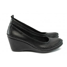 Дамски обувки на платформа - естествена кожа - черни - EO-5929