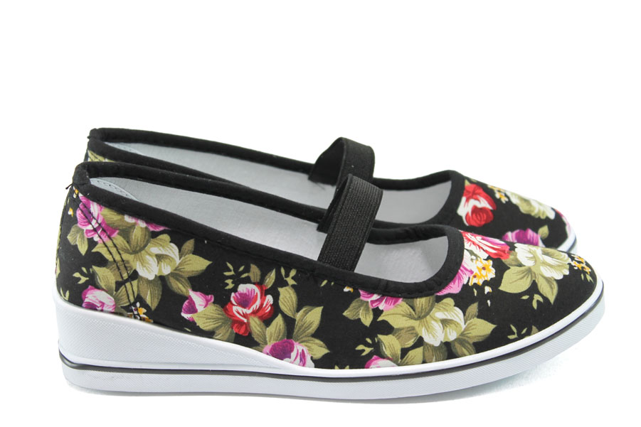 Дамски спортни обувки - висококачествен текстилен материал - черни - EO-8568