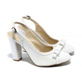 Дамски обувки на висок ток - еко кожа-лак - бели - EO-6393
