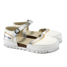 Равни дамски обувки - естествена кожа - бели - EO-6505