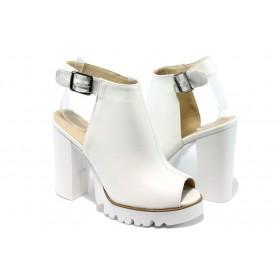 Дамски сандали - висококачествена еко-кожа - бели - EO-6584