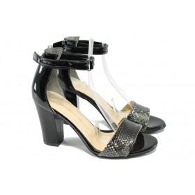 Дамски сандали - еко кожа-лак - черни - EO-6623
