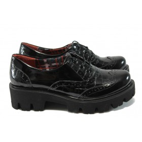 Дамски обувки на среден ток - естествена кожа-лак - черни - МИ 741-5630 черен