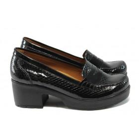 Дамски обувки на среден ток - естествена кожа-лак - черни - МИ 759-125 черен