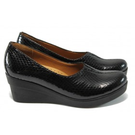 Дамски обувки на платформа - естествена кожа-лак - черни - МИ 721-314 черен 40/43