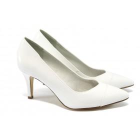 Дамски обувки на висок ток - еко кожа-лак - бели - EO-5935
