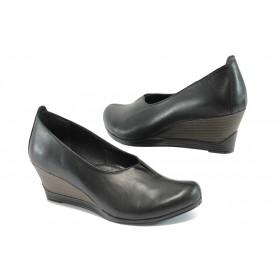 Дамски обувки на платформа - естествена кожа - черни - EO-7927