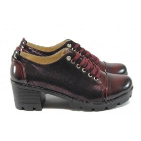 Дамски обувки на среден ток - еко кожа-лак - бордо - EO-8173