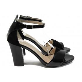 Дамски сандали - еко кожа-лак - черни - EO-8414