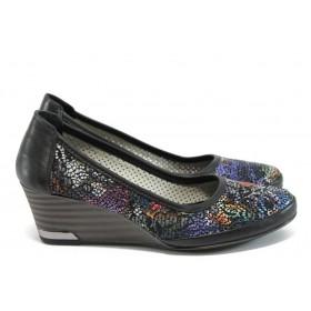 Дамски обувки на платформа - естествена кожа - черни - EO-8506