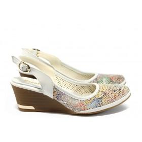 Дамски обувки на платформа - естествена кожа - бели - EO-8507
