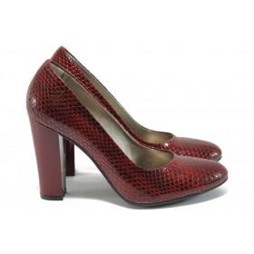 """Дамски обувки на висок ток - еко-кожа с """"кроко"""" мотив - бордо - EO-8504"""