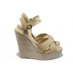 Дамски сандали - висококачествена еко-кожа - бежови - EO-8512