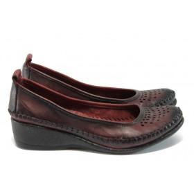 Дамски обувки на платформа - естествена кожа - бордо - EO-8575