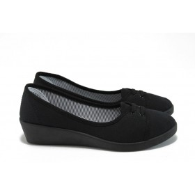 Дамски обувки на платформа - висококачествен текстилен материал - черни - EO-8556