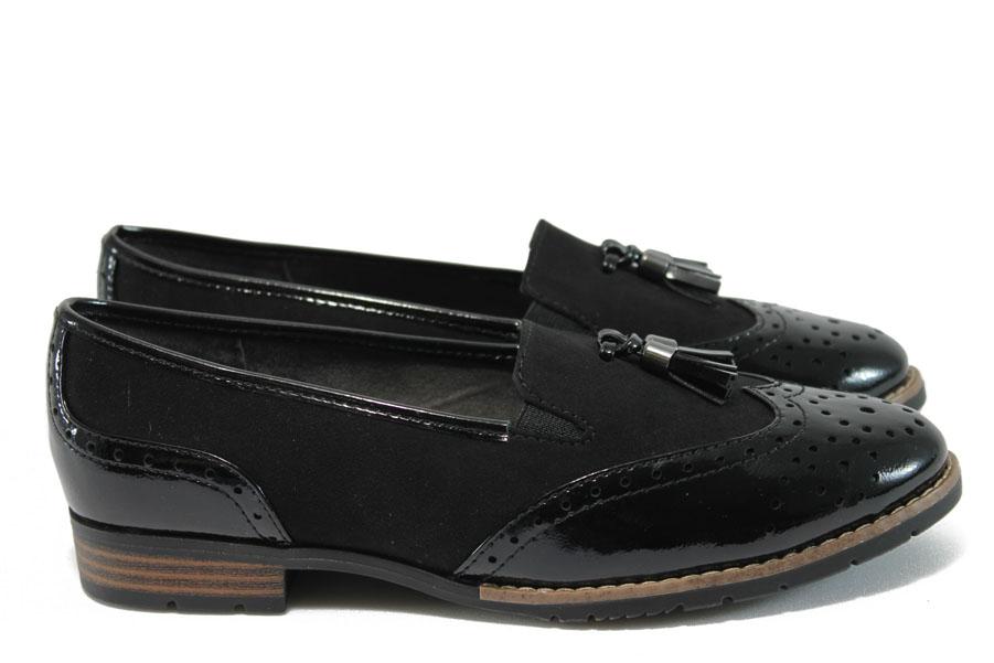 Равни дамски обувки - висококачествен еко-велур и еко кожа-лак - черни - EO-8955