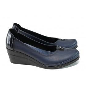 Дамски обувки на платформа - естествена кожа с естествен лак - сини - EO-9911