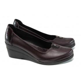 Дамски обувки на платформа - естествена кожа - бордо - EO-9956