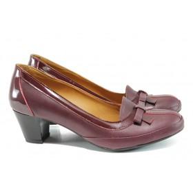 Дамски обувки на среден ток - естествена кожа с естествен лак - бордо - EO-10204