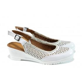Дамски обувки на платформа - естествена кожа - бели - EO-10651
