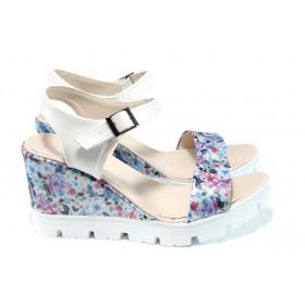 Дамски сандали - висококачествена еко-кожа - бели - EO-10843