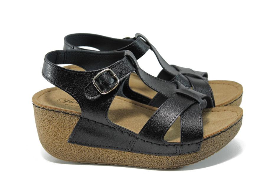 Дамски сандали - висококачествена еко-кожа - черни - EO-10910