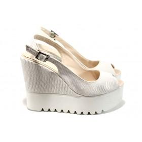 Дамски сандали - висококачествена еко-кожа - бели - EO-11018