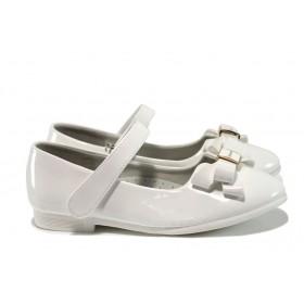 Детски обувки - еко кожа-лак - бели - EO-10385