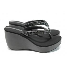 Дамски чехли - висококачествен pvc материал - черни - EO-10725