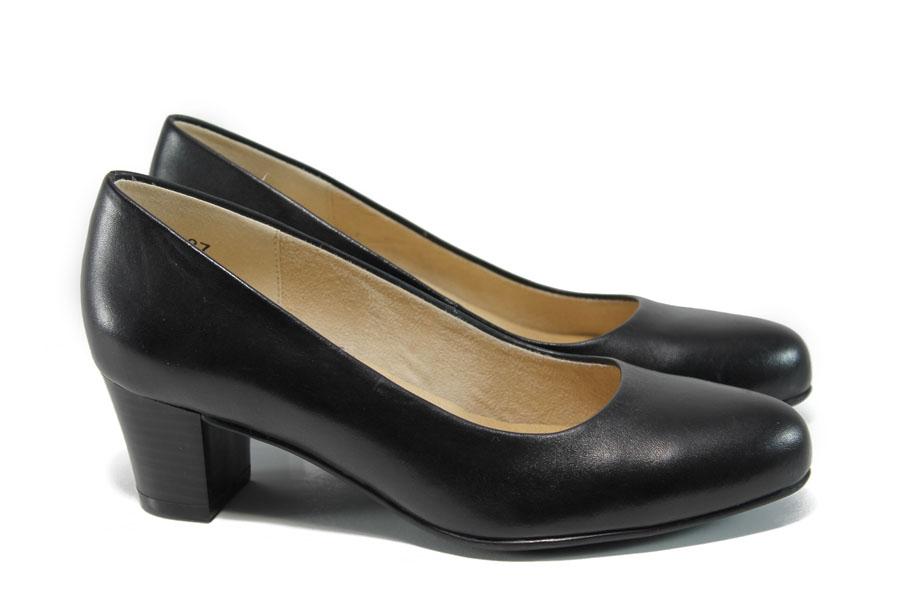 Дамски обувки на среден ток - естествена кожа - черни - EO-9877
