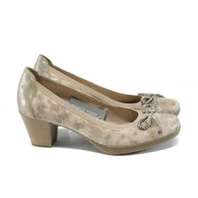 Дамски обувки на среден ток - естествена кожа-лак - бежови - EO-9885