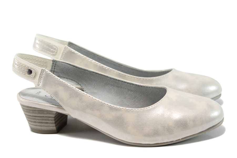 Дамски обувки на среден ток - еко кожа-лак - бели - EO-10491