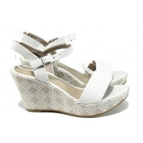 Дамски сандали - висококачествена еко-кожа - бели - EO-10834