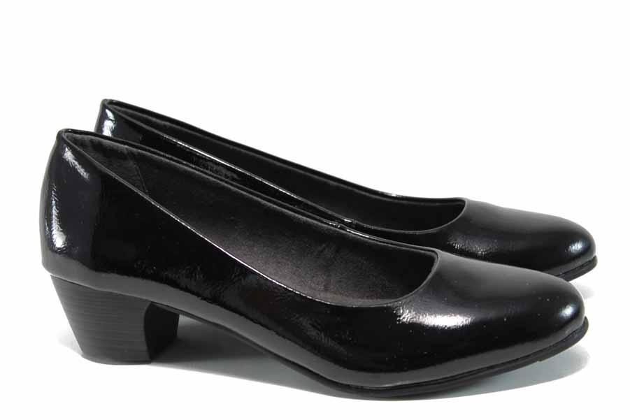 Дамски обувки на среден ток - еко кожа-лак - черни - EO-11256