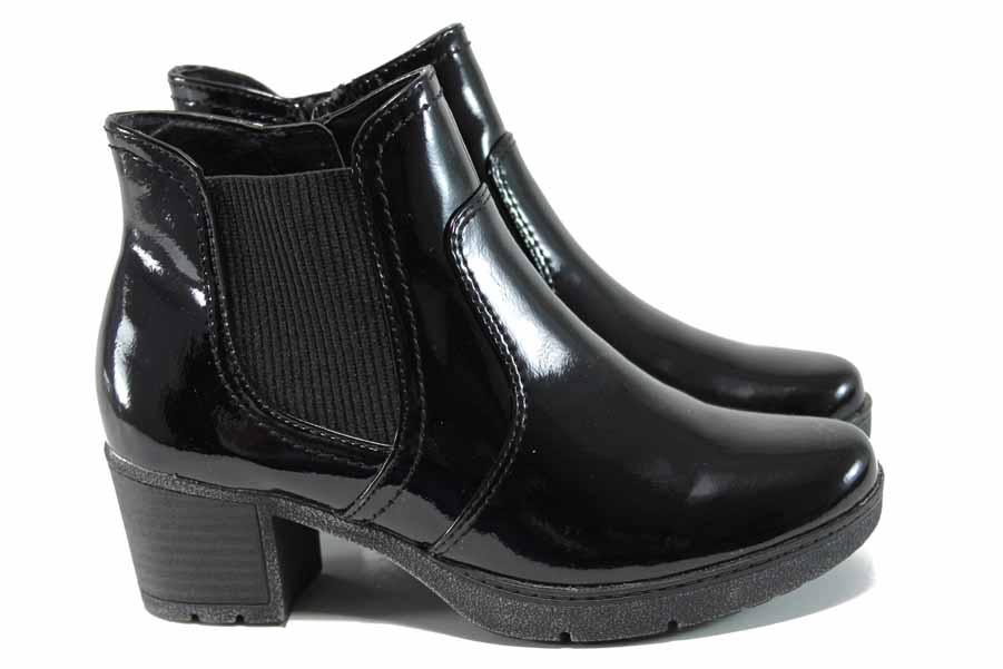 Дамски боти - еко кожа-лак - черни - EO-11270