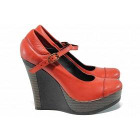 Дамски обувки на платформа - естествена кожа - червени - EO-12352